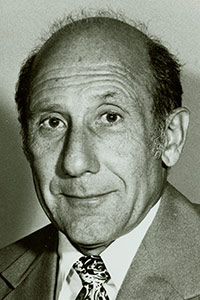 image of Dr. Max Snyder