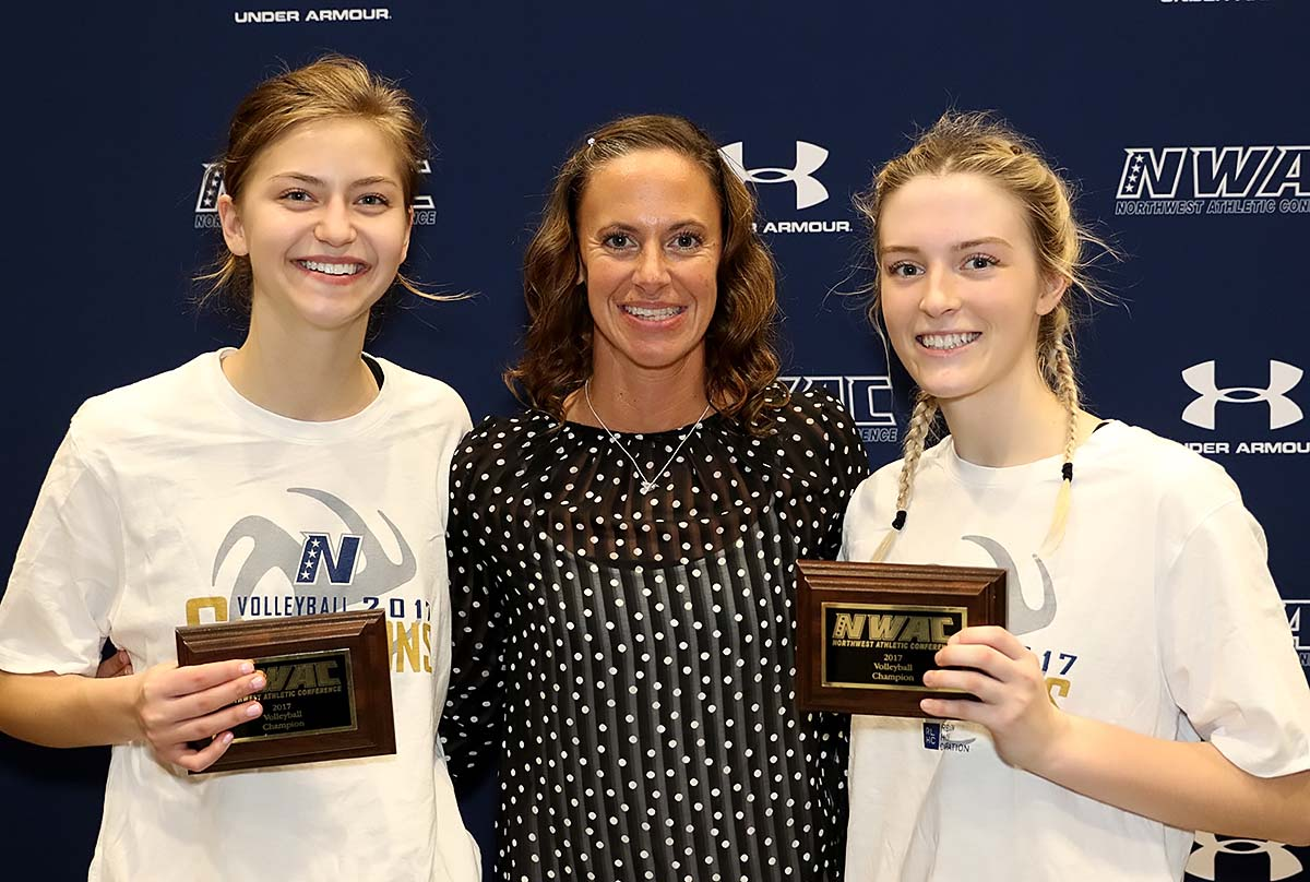 Photo of MVP Jane Cale, Coach of the Year Traci Stephenson and Most Inspirational Haley Patterson.